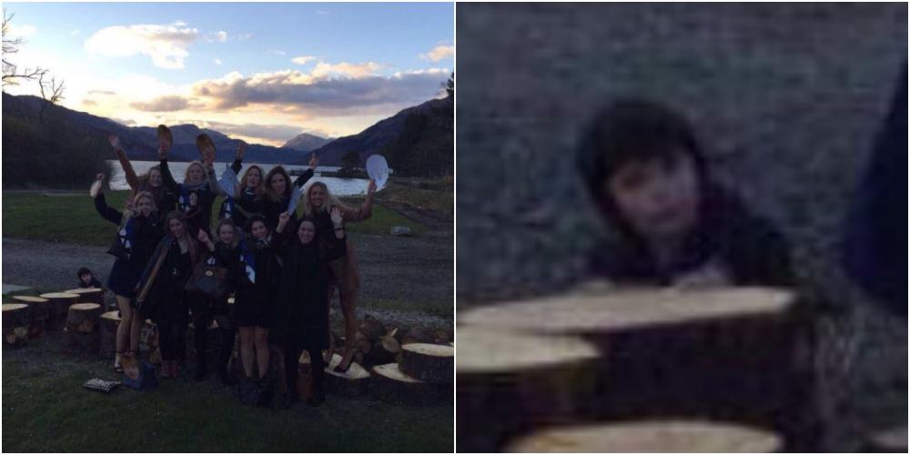 海外心霊写真に子供の地縛霊が