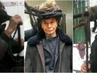 54年髪を切っていない中国のドレッド爺ちゃん