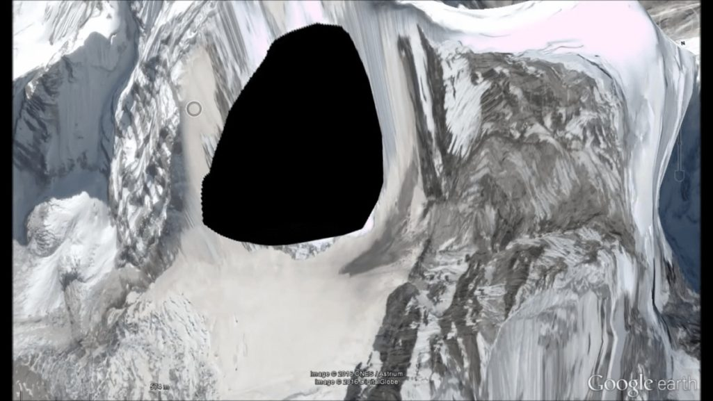 山の怖い話 カンテガ峰
