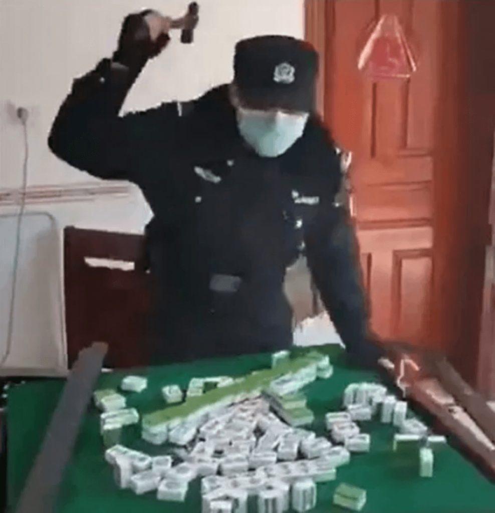 中国の新型肺炎対策で麻雀卓がぶっ壊される