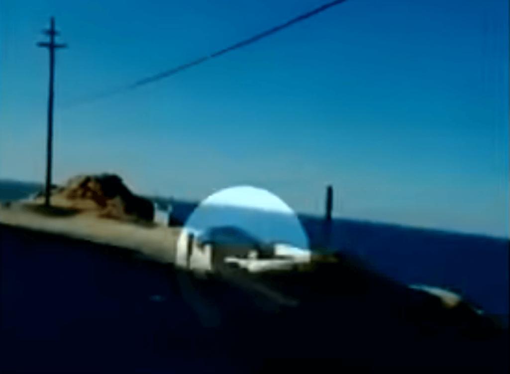 未解決事件「崖を飛び越えて消えたレクサスの謎」