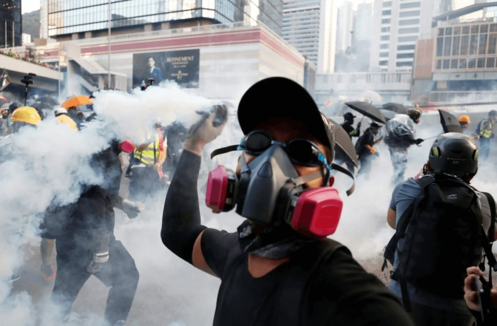 催涙ガス味のアイスクリームで香港民主化を支援