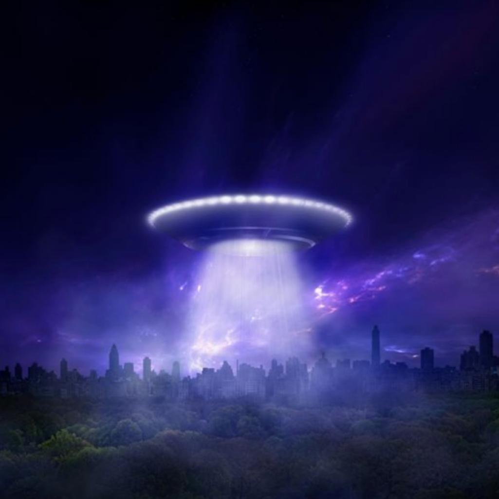 外出自粛とイーロン・マスクが原因でUFO目撃情報が世界中で急増