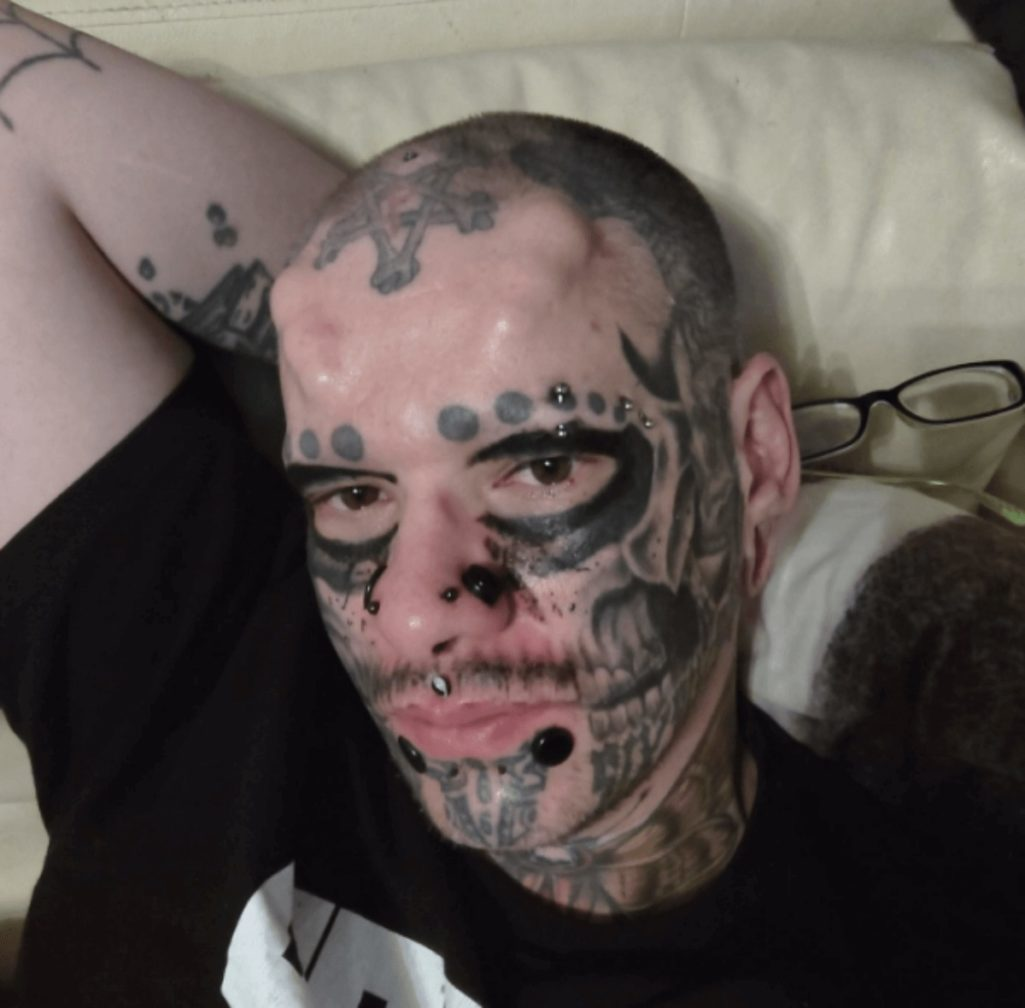 身体改造で骸骨に成りたい男