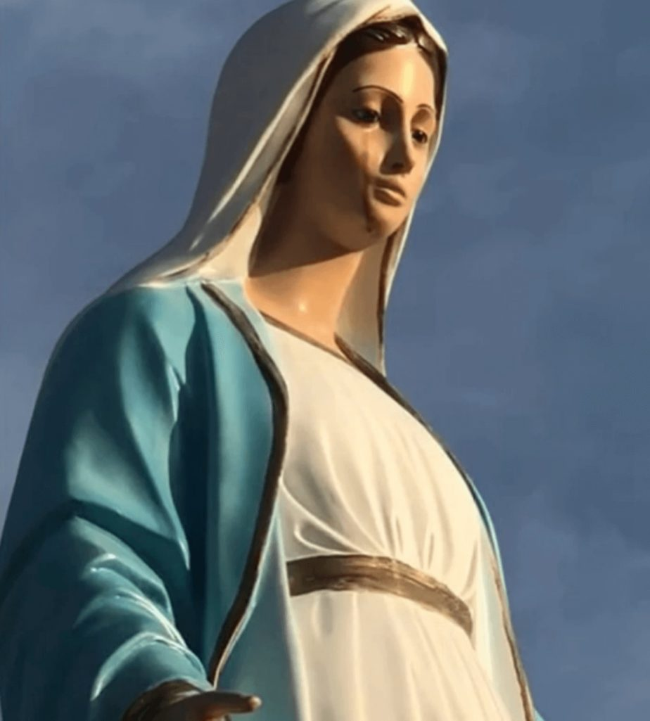 コロナ禍に血の涙を流す聖母マリア像の奇跡