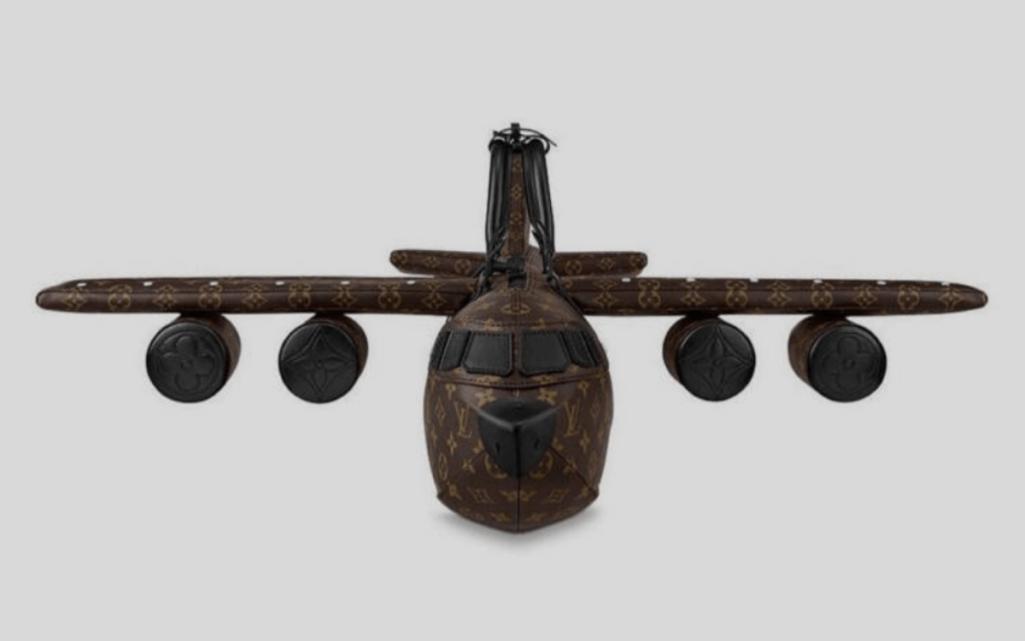 ルイ・ヴィトンの飛行機バッグ