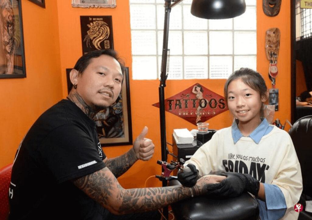 13歳の美少女Tattoo職人