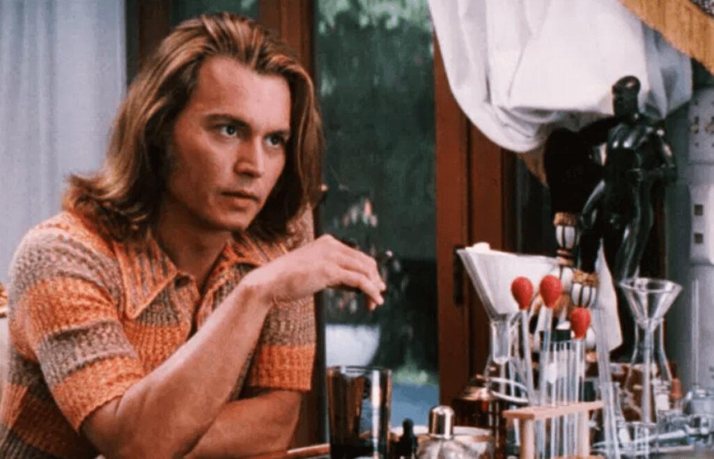 ジョニー・デップが演じた麻薬の運び屋死亡