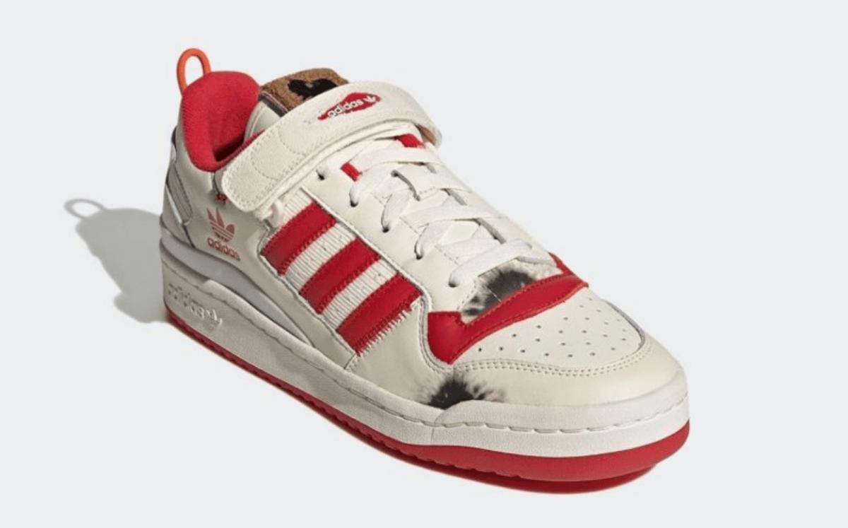 adidasとホームアローンのコラボスニーカー